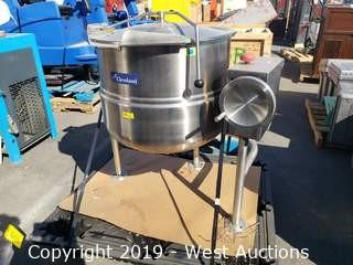 Cleveland KDL-40-T Tilting 40 Gal. 2/3 Steam Jacketed Kettle