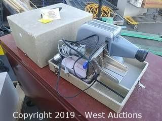 Brumberger 1406 Slide Projector W/ Case