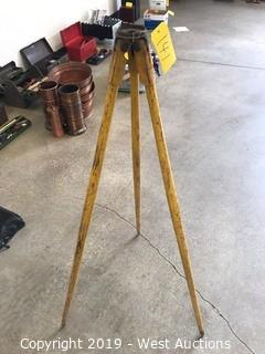 Wooden Tripod Stand