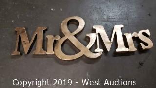 Metal Mr & Mrs Sign