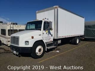 2000 Freightliner FL70 24' Diesel Box Truck