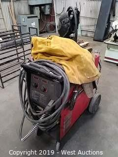 Lincoln Electric Power Mig 255 Welder