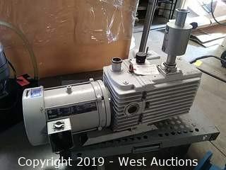 Trivac D08A Vacuum Pump