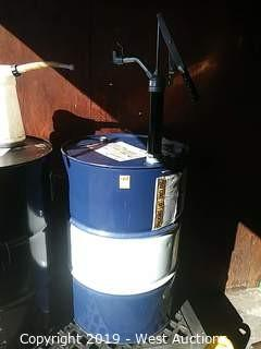 Twin Power 10W40 55-Gal. Oil Drum & Pump