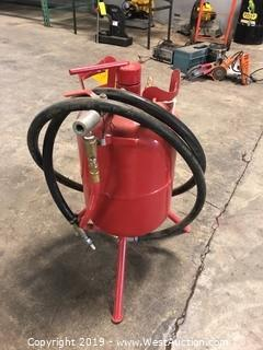 Central Pneumatic 20lb Abrasive Blaster