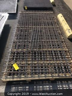 Pallet: (6) Sheets Of Welded Wire Grid
