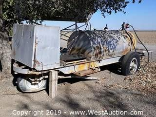 600 Gallon Fuel Tank Trailer With Electric Gas Pump And Solar Battery