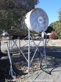 1000 Gallon Fuel Tank With Stand