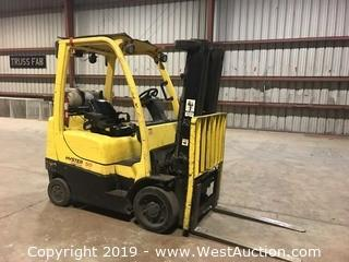 Hyster 4,800 lb Capacity Propane Forklift