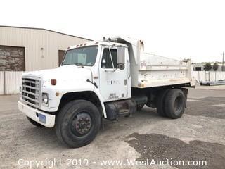 1985 International 19' Dump Truck