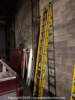 21' Fiberglass Extension Ladder 606224