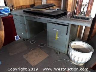 Metal 5 Drawer Desk