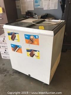 "30""x26""x36"" Caravell Refrigerator"
