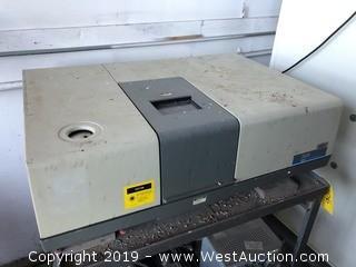 Nicolet 520 FT-IR Spectrometer