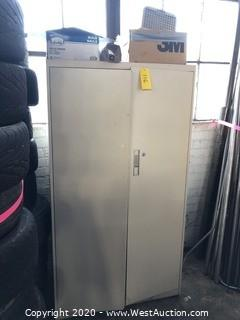 5' Metal Storage Locker & Contents