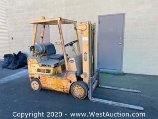 White Mobilift 5000lb Propane Forklift