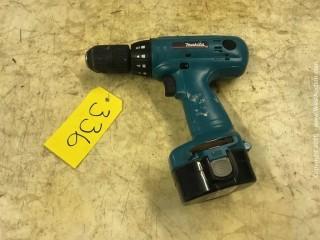 Makita 6333D 14.4v Drill
