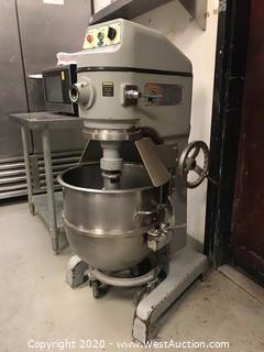 Globe SP60P-3 Commercial Mixing Unit