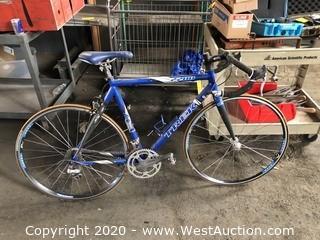 TREK 2200 Bicycle