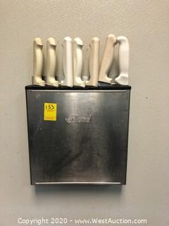 Edlund Wall Mounted Knife Holder with (7) Knives