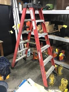 6' Werner Fiberglass Double-Sided Ladder