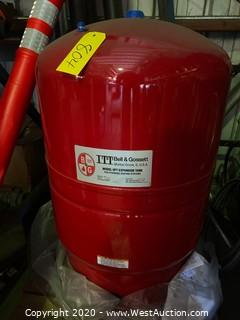 Bell & Gossett HFT-90V 44 Gallon Expansion Tank