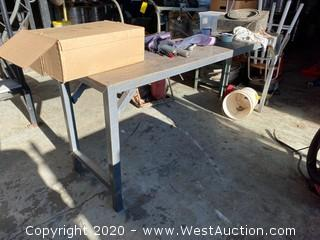 6.5´Long Steel Table with Contents