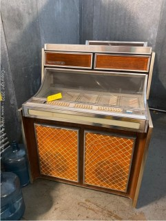 Seeburg Stereo Phonograph