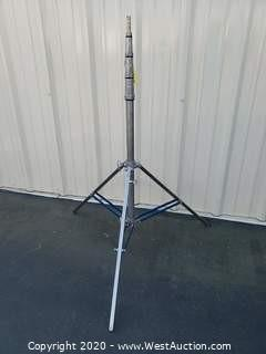 American 12ft Adjustable Steel Commercial Tripod