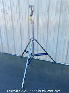 American 13ft Steel Commercial Tripod