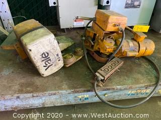 Yale 1/2 Ton Hoist With Trolley