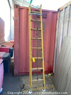 Grem 16ft Fiberglass Extension Ladder