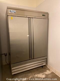 Avantco Refrigerator Freestanding Freezer on Wheels