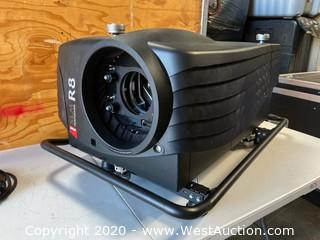 Barco SLM R Performer Projector