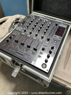 Pioneer DJM-800 Professional Mixer With Hard Case