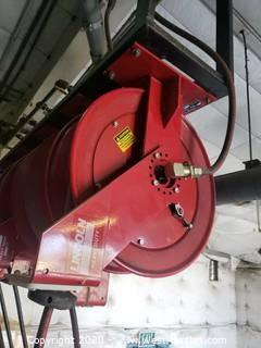(1) Lincoln Heavy Duty Hose Reel with Lube Gun Up