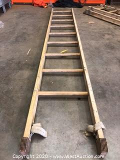 8ft Fiberglass Ladder