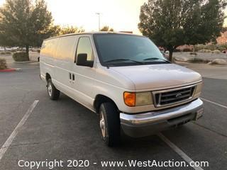 2004 Ford E250 White Commercial Cargo Van