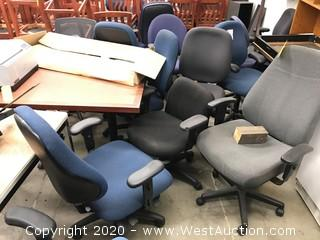 (12) Swivel Office Chairs