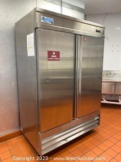 Avantco 178SS2RHC 2-Door Commercial Refrigerator