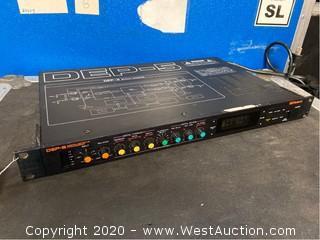 Roland DEP-5 Digital Effects Processor