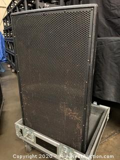 Eastern Audio Works KF650z Speaker System With Custom-Made Road Case