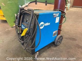 Millermatic 252 MIG Welder 200/230V