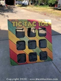 Giant Tic-Tac-Toe (Protective Carrying Case Included)