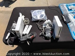 (2) Nintendo Wii Units
