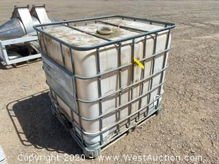 Transportable Storage Tank (IBC) with Cage and Integrated Pallet