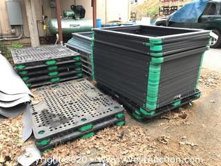 Crown Plastic Pallets and Rims