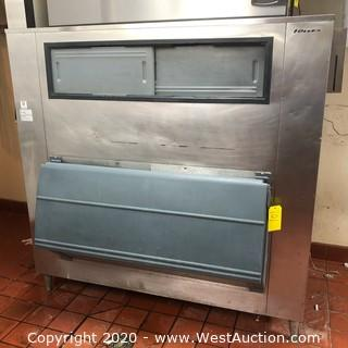 Manitowac Ice Maker and Follett LSG1475S Ice Storage Bin