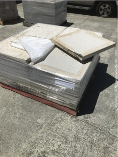 (1) Pallet of Stepstone 24'' x 24'' x 2'' Thick Paver
