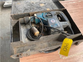 Black & Decker Macho Rotary Hammer Drill in Case